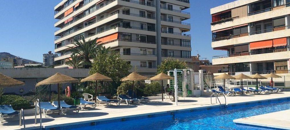 Hotels torremolinos hotel of appartement in torremolinos for Hotel kristal torremolinos piscina